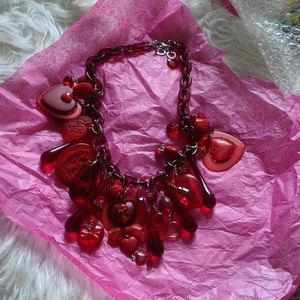 Tarina Tarantino Vintage Bleeding Hearts red neckl